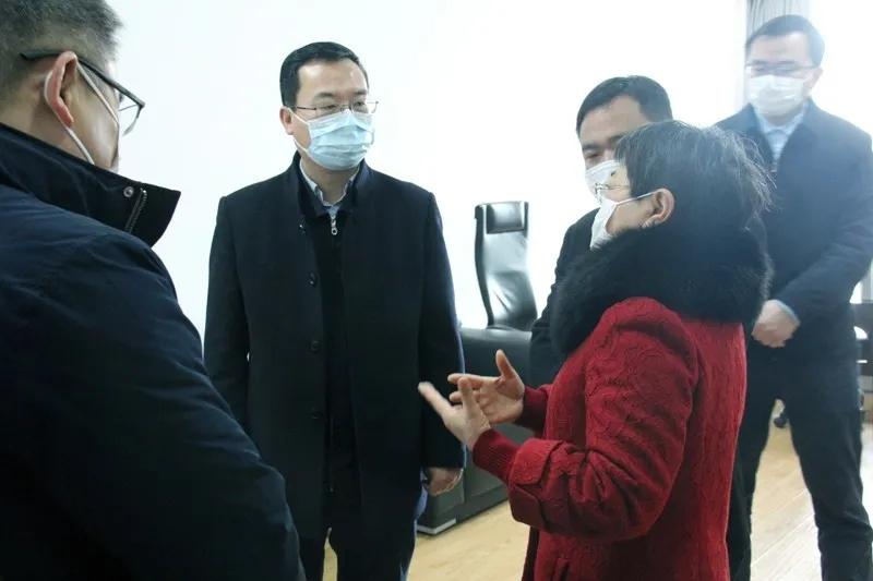 区委书记刘浩来我司检查指导防疫工作